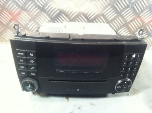 Mercedes c-klasse cd-player Radio mopf A 2038273842 MF2530