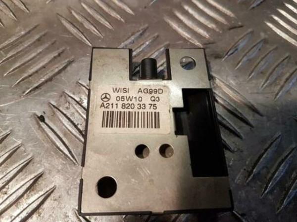Mercedes W221 W211 Telefon GPS Antenne Empfänger A2118203375