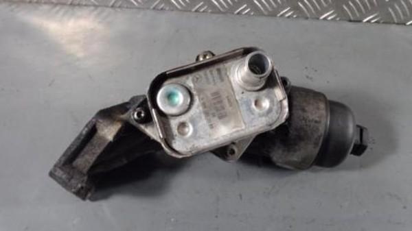 Mercedes Vaneo Ölfiltergehäuse Ölkühler A6681800065