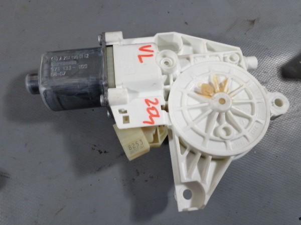 Mercedes W204 W212 GLK Fensterhebermotor vorne links A2048200142 0130822441