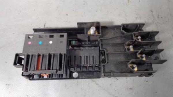Mercedes W211 W219 Sicherungsträger Sicherungskasten A2115452301
