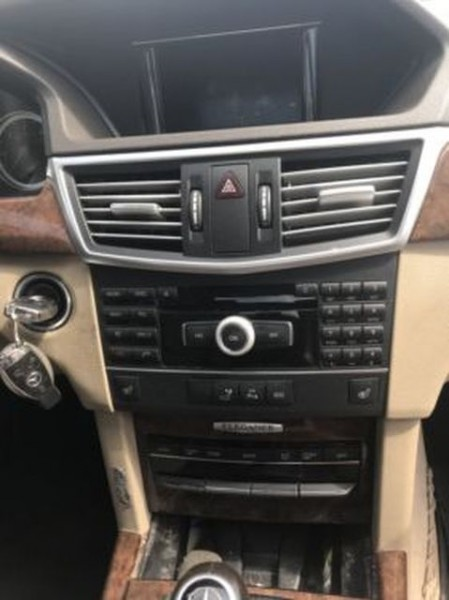 Mercedes E-klasse W212 Navi Navigation Rechner Headunit Radio CD